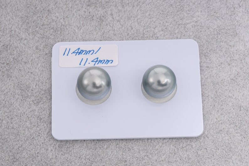 11mm Silver Blue Matched Pairs - Round - TOP quality