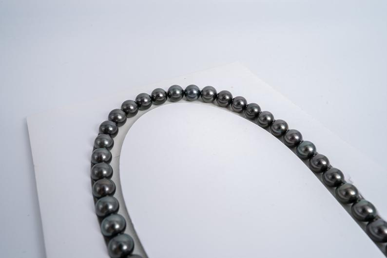"45pcs ""Charcoal"" Dark Tahitian Black Pearl 9mm Necklace/Round AAA quality"