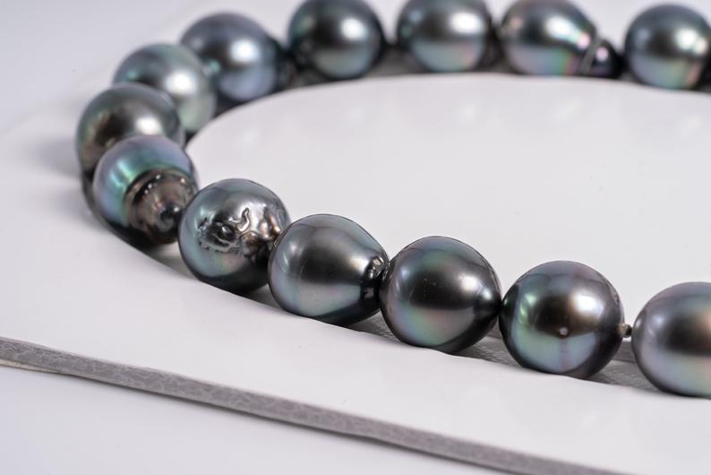 "24pcs ""Mother Nature"" Green Blue Color Necklace - BQ 14-16mm AAA quality Tahitian Pearl"