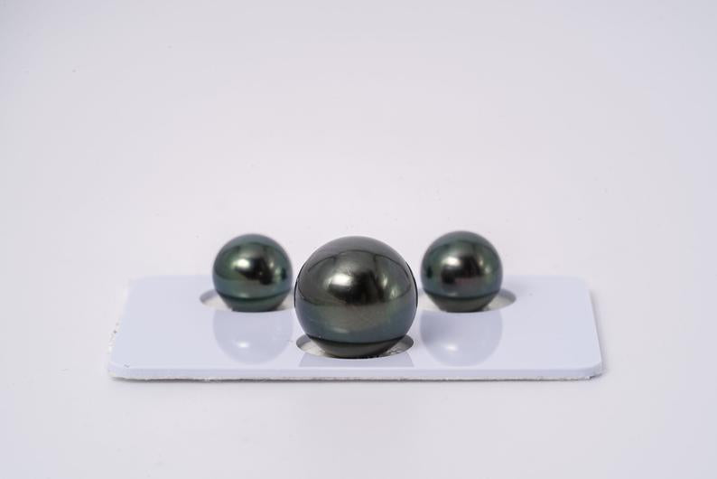 Dark Green Blue Matched Trio Set - Round 8/12mm AAA quality Tahitian Pearl Earrings & Pendant