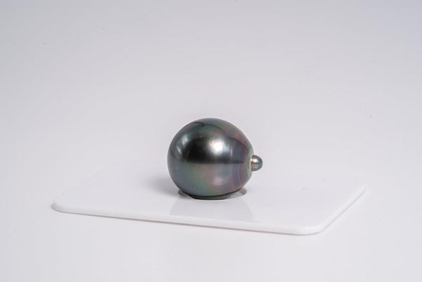 "Single Pearl ""From Cherry To Blue II"" Drop AAA quality Tahitian Pearl"