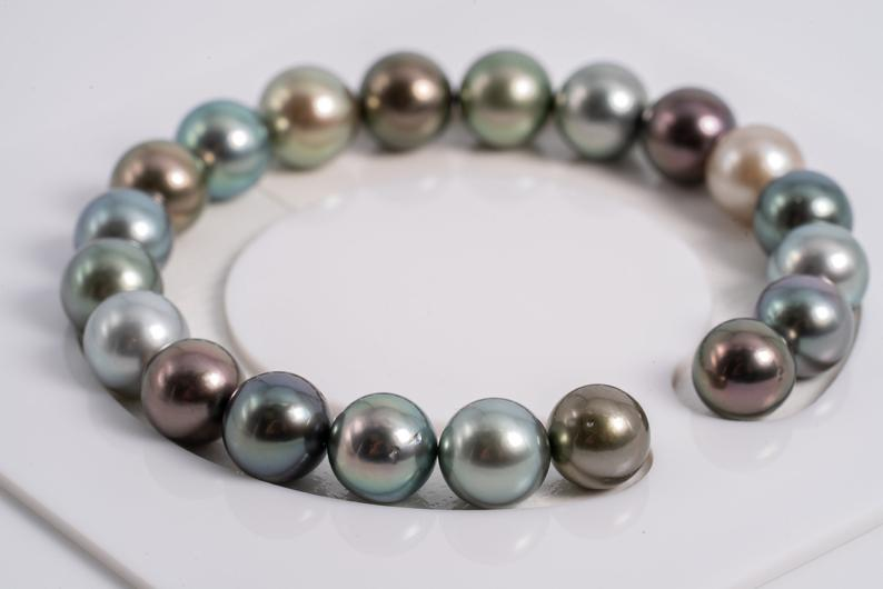 "20pcs ""Surrounding"" Multi Color Bracelet - Round 9-10mm AA quality Tahitian Pearl"