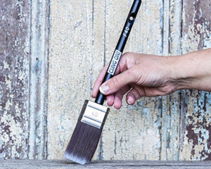 Cling On! Flat Head F40 Synthetic Paint Brush