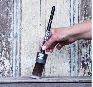 Cling On! Oval Head O35 Synthetic Paint Brush