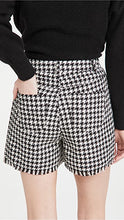 Load image into Gallery viewer, BB Dakota Houndstooth Shorts