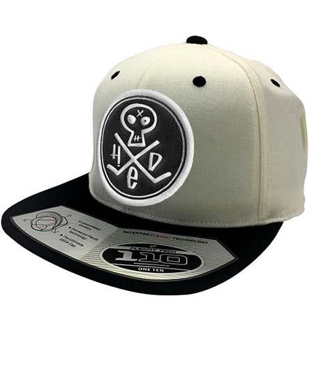 (HED)P.E. 'PUNK SKULL' flat bill fitted hockey cap in cream/black