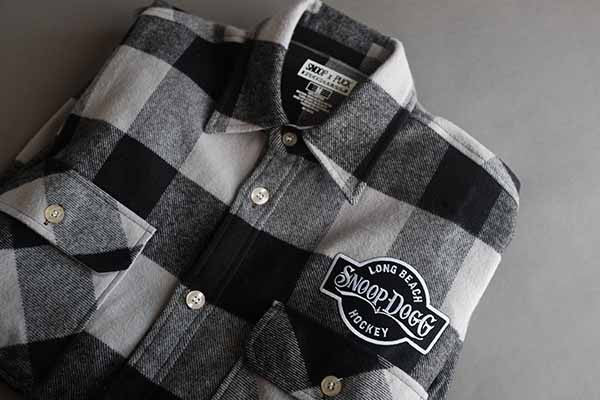 SNOOP DOGG 'THE DOGG FATHER' hockey flannel in grey buffalo plaid close-up