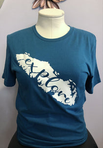 Explore Island Graphic Tee medium