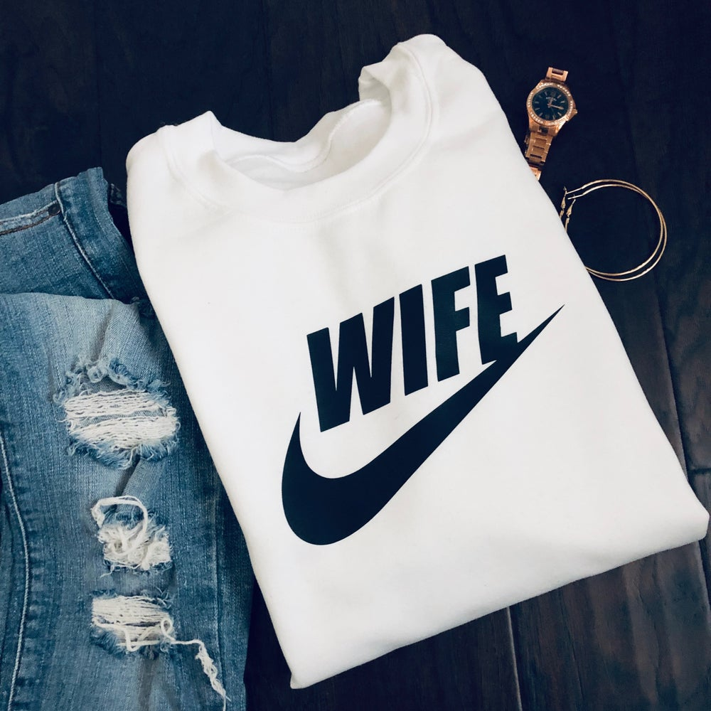 'SUGAR' WIFE SPORT CREWNECK SWEATSHIRT