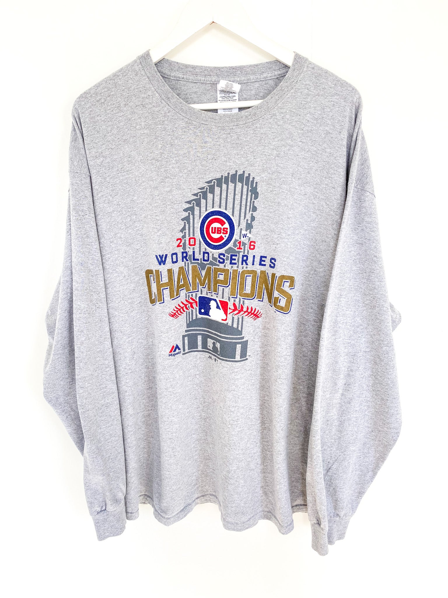 CHICAGO CUBS WORLD SERIES TEE (XL)
