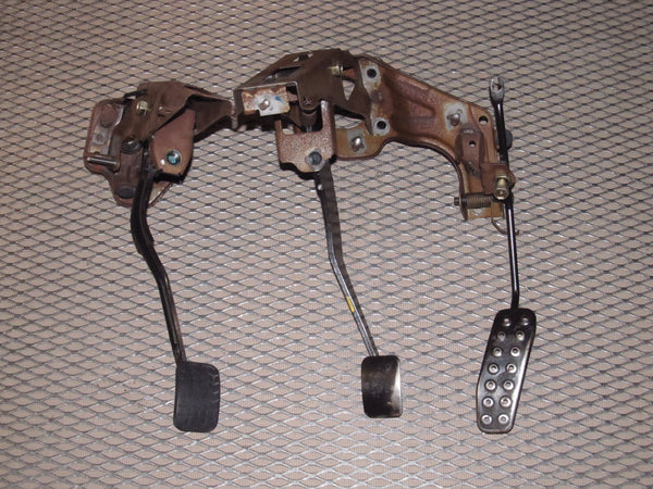 94 95 96 97 Mazda Miata OEM Clutch Brake Gas Pedal Assembly