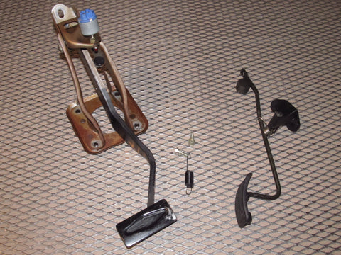 91 92 93 94 95 Toyota MR2 OEM A/T Pedal Assembly