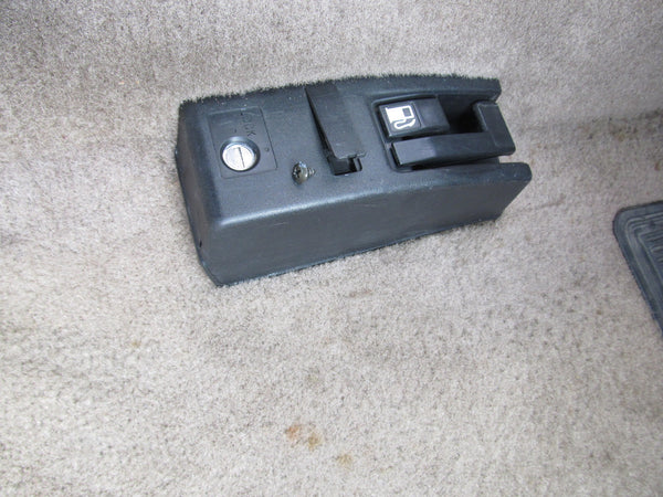 97 98 99 00 01 Honda Prelude OEM Trunk Gas Door Release Switch Cover Trim