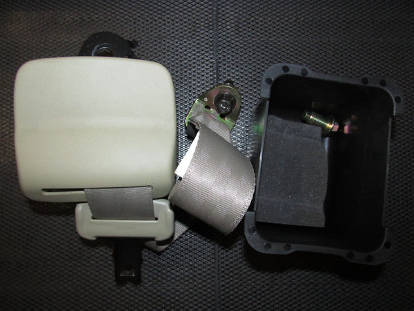 03 04 Infiniti G35 OEM Sedan Seat Belt - Rear Center