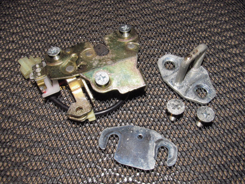 90 91 92 93 Acura Integra Coupe OEM Hatch Trunk Latch & Striker