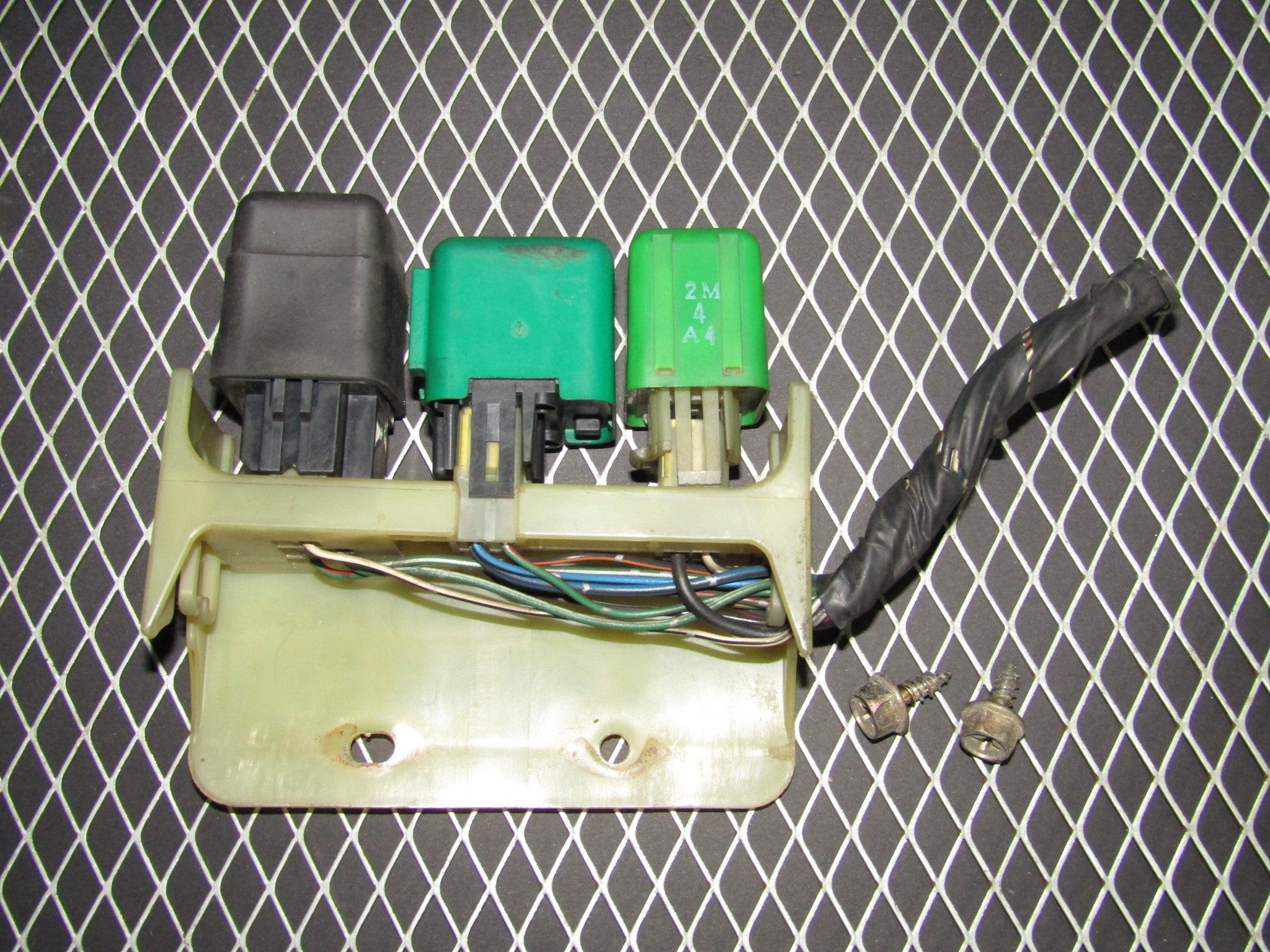 92 96 Toyota Camry Sedan Oem Fuse Relay Box Automotive And