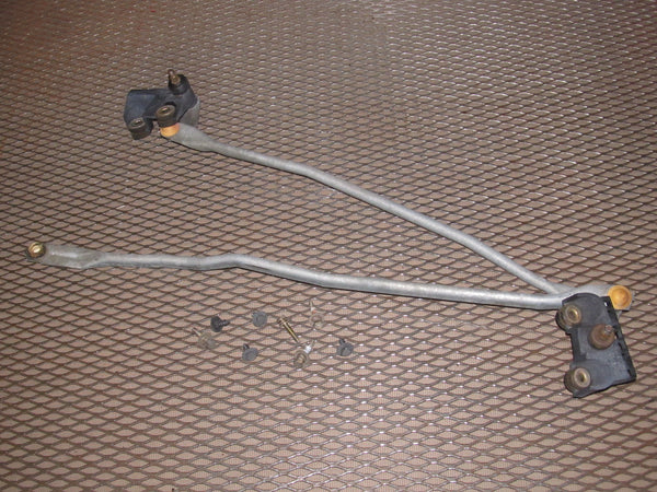 97 98 99 Mitsubishi Eclipse OEM Front Wiper Linkage