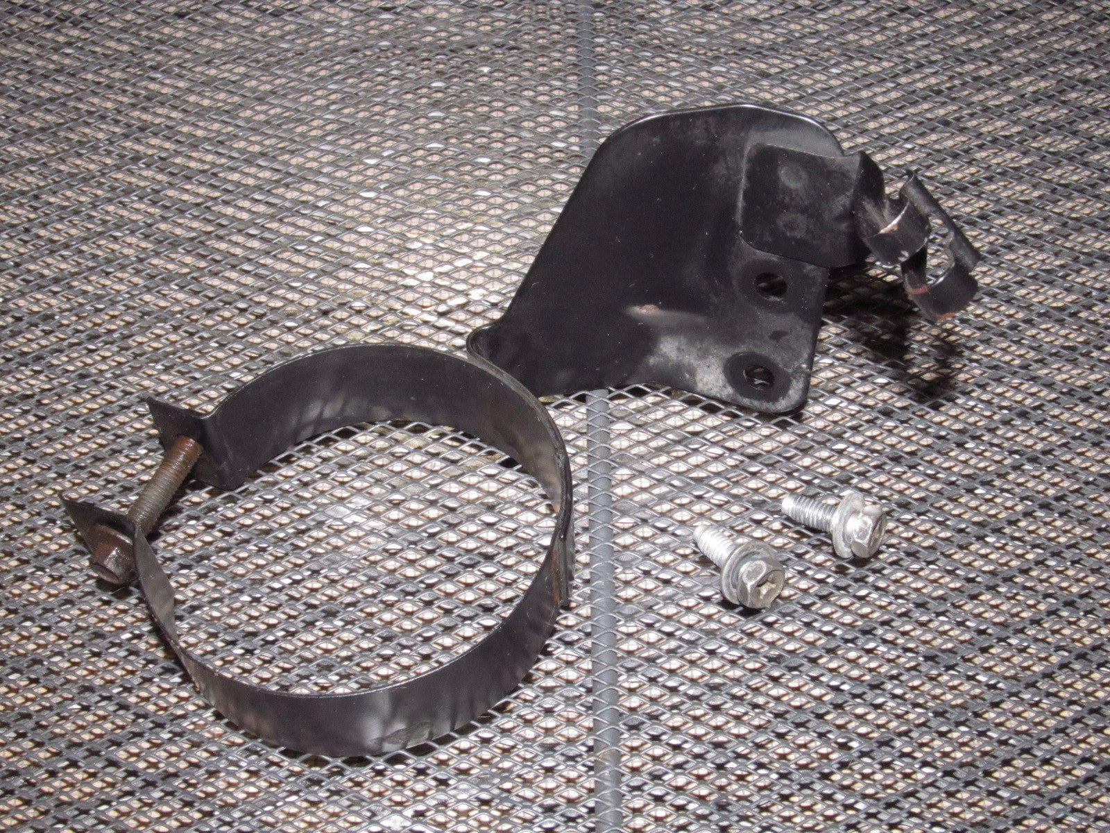 90 96 Nissan 300zx Oem Fuel Filter Mounting Bracket