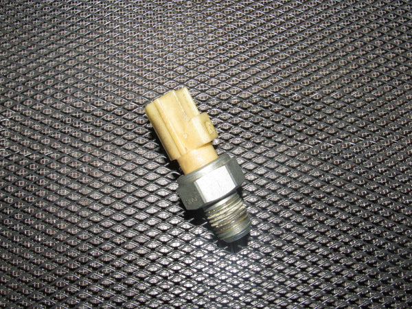 05 06 07 08 09 10 Ford Mustang 4.0 V6 OEM Oil Pressure Switch