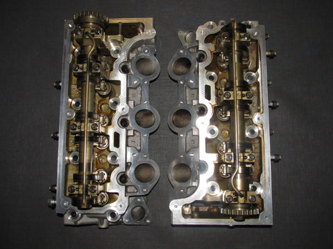 05 06 07 08 09 10 Ford Mustang 4.0 V6 OEM Cylinder Head - Set