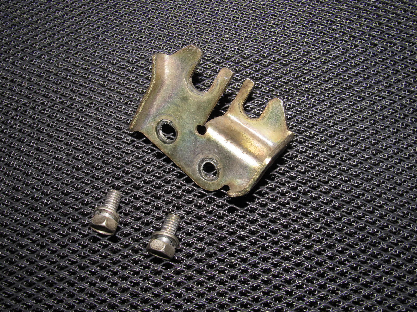 90-96 Nissan 300zx Throttle & Cruise Control Cable Holder Bracket