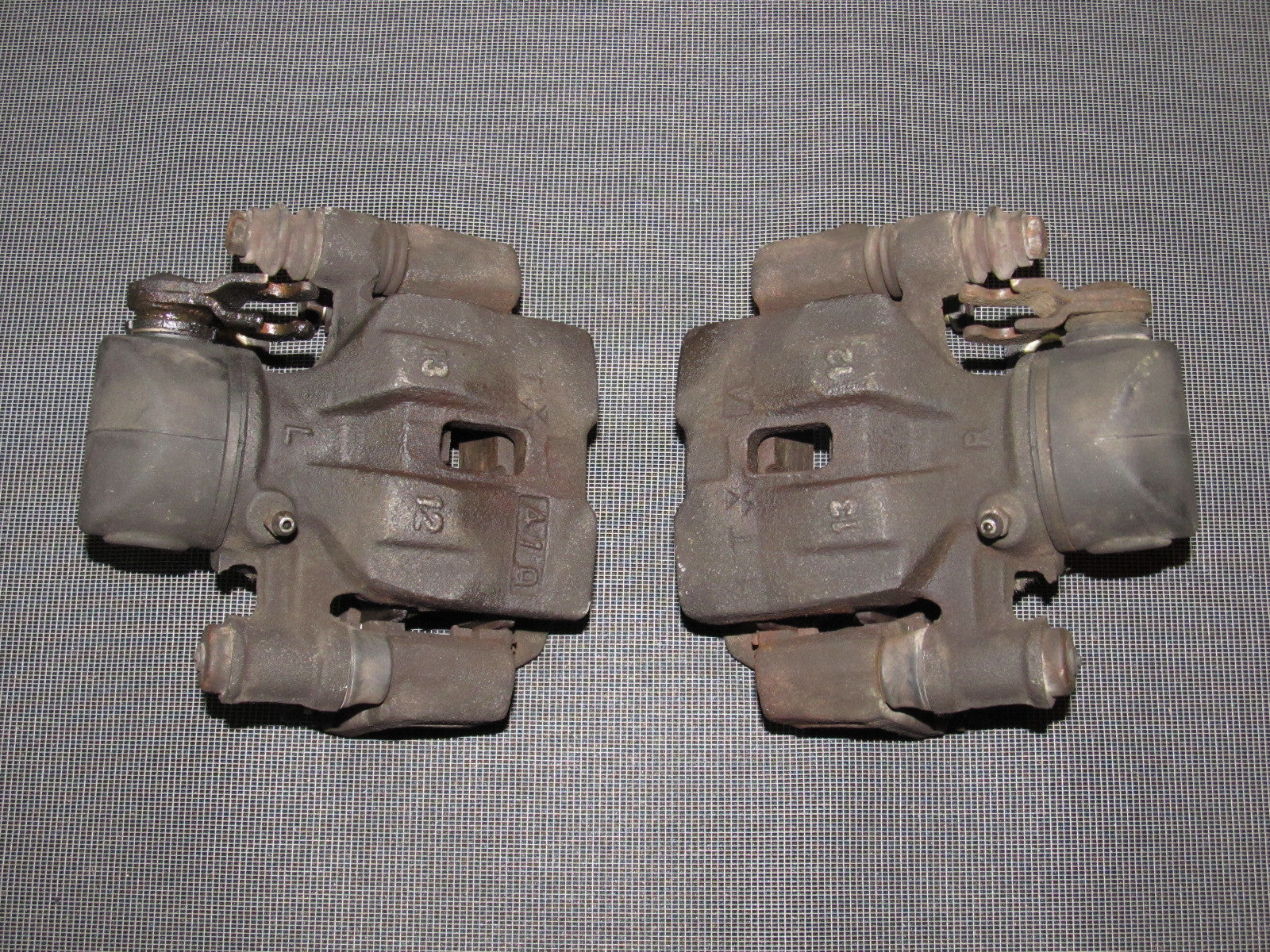 84 85 Mazda RX7 OEM 13B Rear Brake Caliper - Set ...
