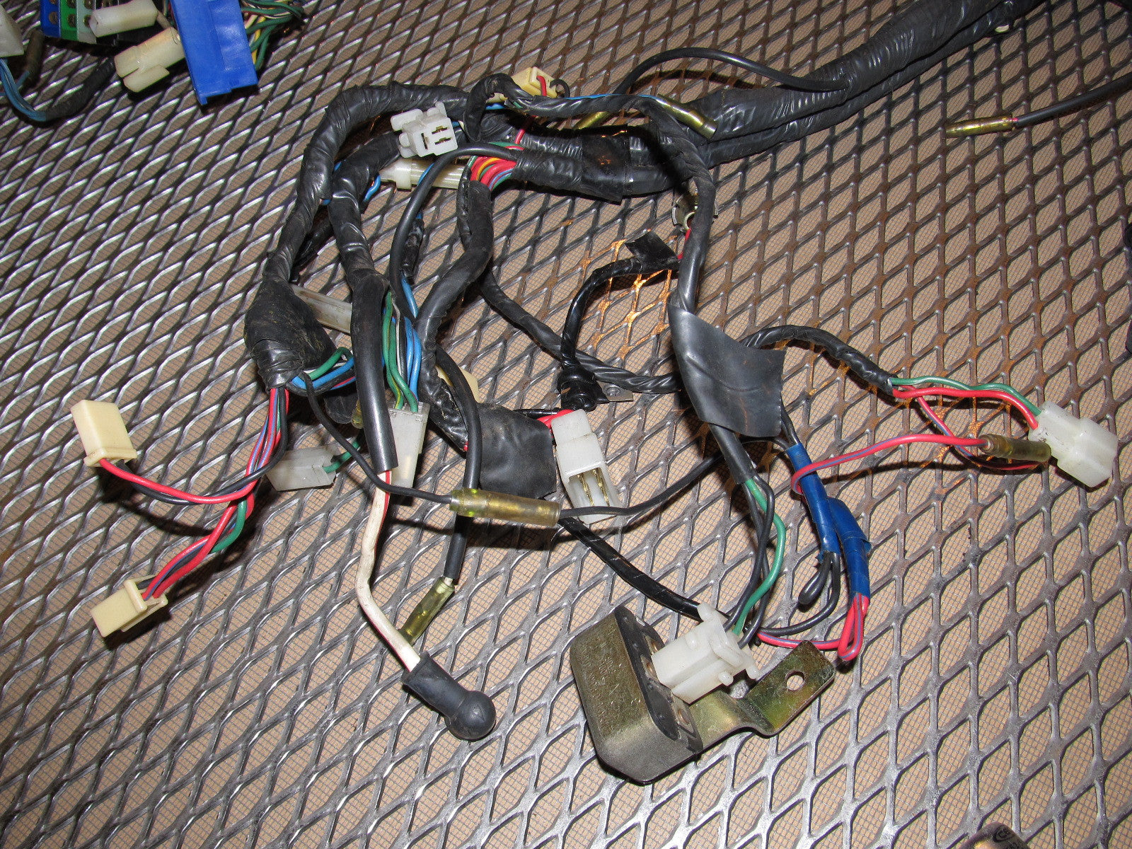IMG_5228_88526e6a b786 49dc 983b 611c0d77fe05?v=1464826369 72 73 datsun 240z oem dash wiring harness autopartone com  at crackthecode.co