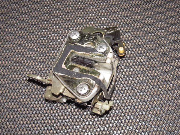 94 95 96 97 Mazda Miata OEM Door Latch - Right