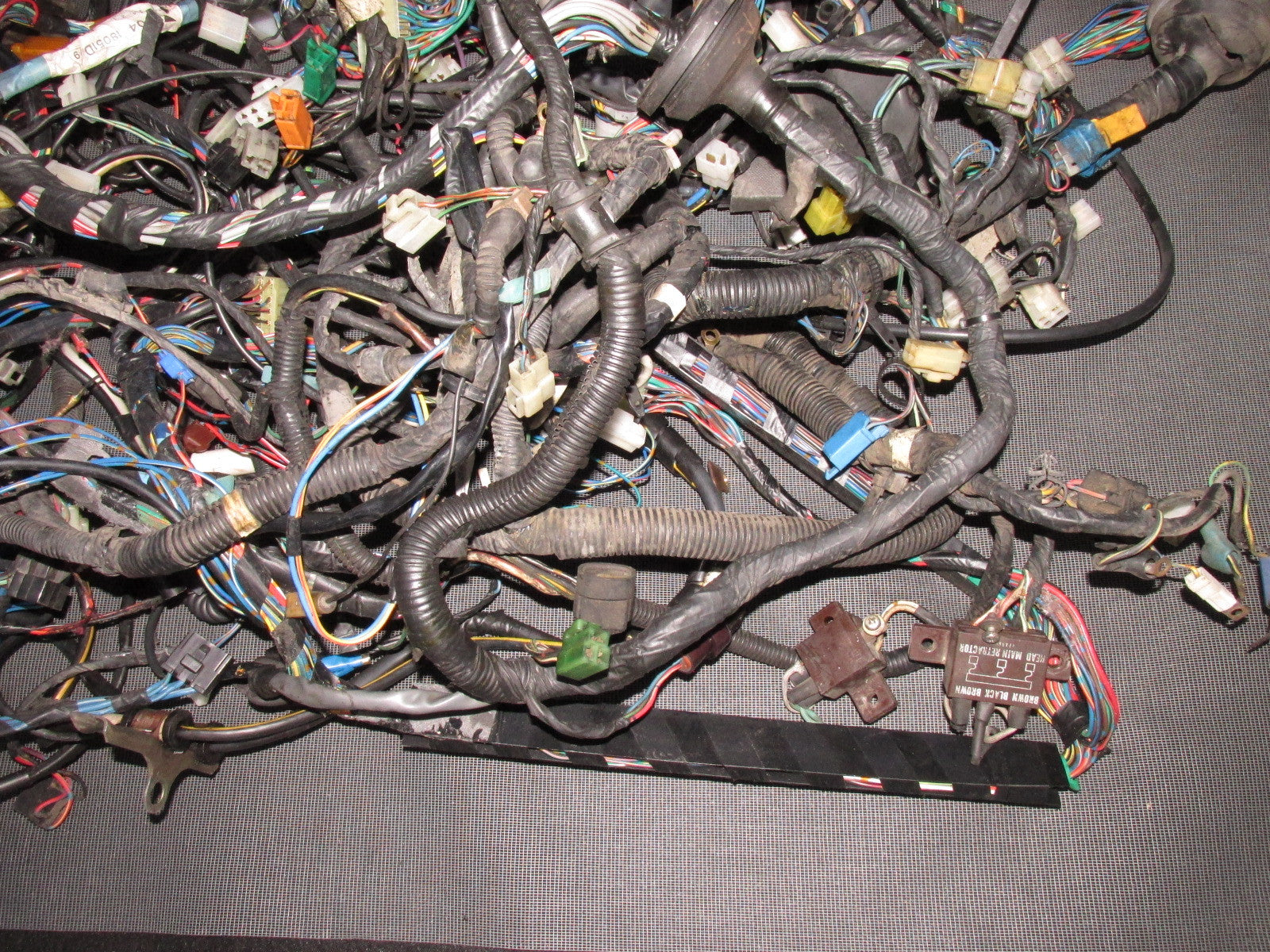IMG_5541?v=1447885528 84 85 mazda rx7 oem 13b gsl se m t complete wiring harness 13b wiring harness at bakdesigns.co