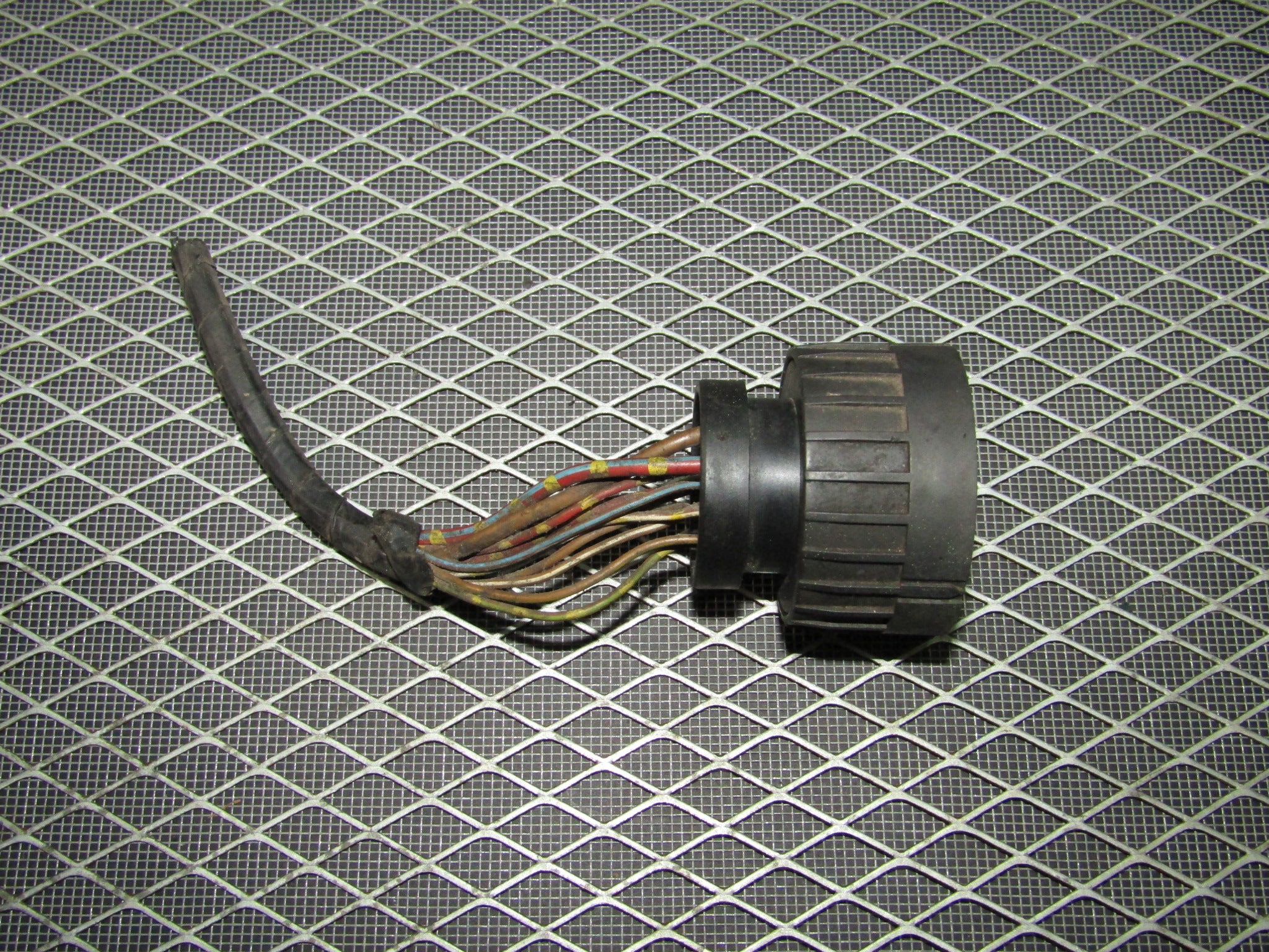 92 93 94 95 BMW 325 OEM ABS Motor Actuator Pigtail Harness