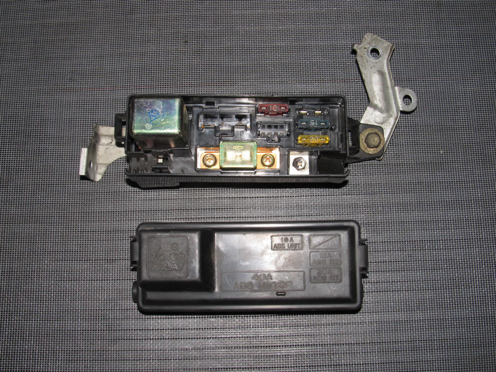 94 95 96 97 98 99 00 01 acura integra oem abs fuse box autopartone com 94 95 96 97 98 99 00 01 acura integra oem abs fuse box