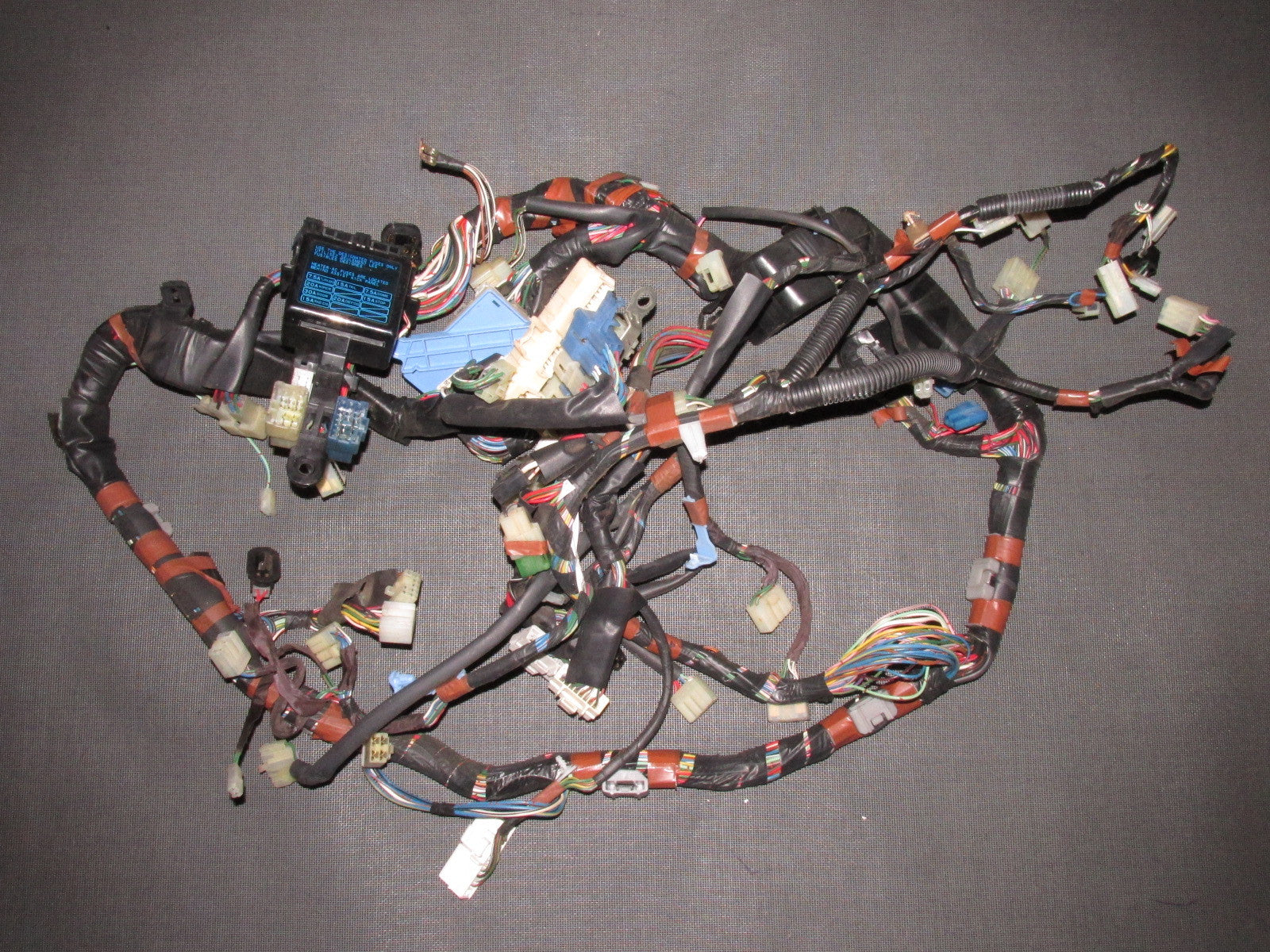 85 86 87 88 89 Toyota Mr2 Oem Interior Fuse Box Dash Wiring Harness  U2013 Autopartone Com