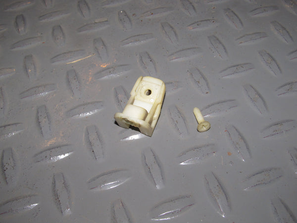 88 89 90 91 Honda CRX Door Panel Mounting Retainer Clip