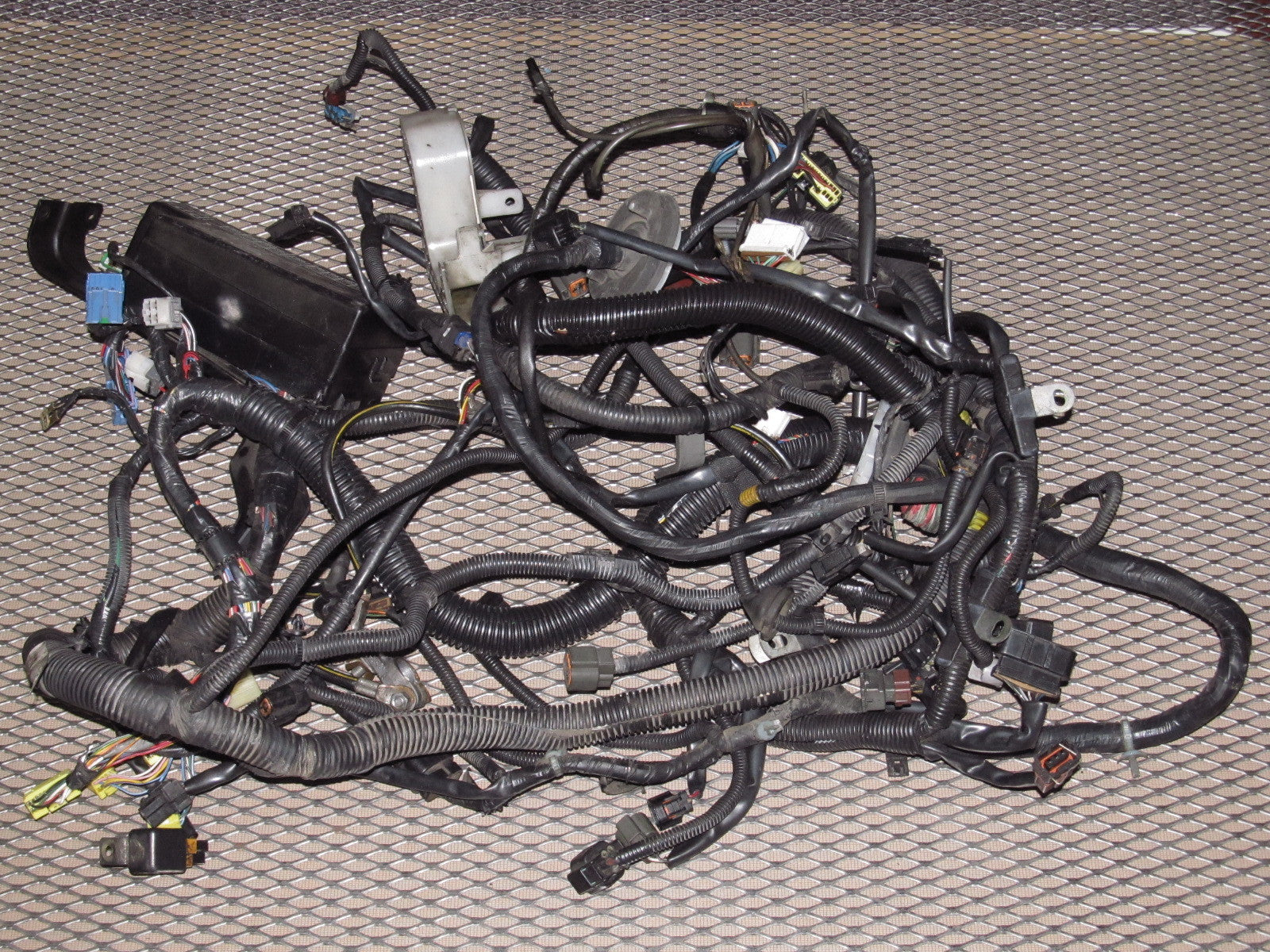IMG_7963_f3666cfb 74d4 4de8 8f9f c58b26995fb0?v=1468950122 eclipse 95 99 page 6 autopartone com 1995 mitsubishi eclipse engine wiring harness at readyjetset.co