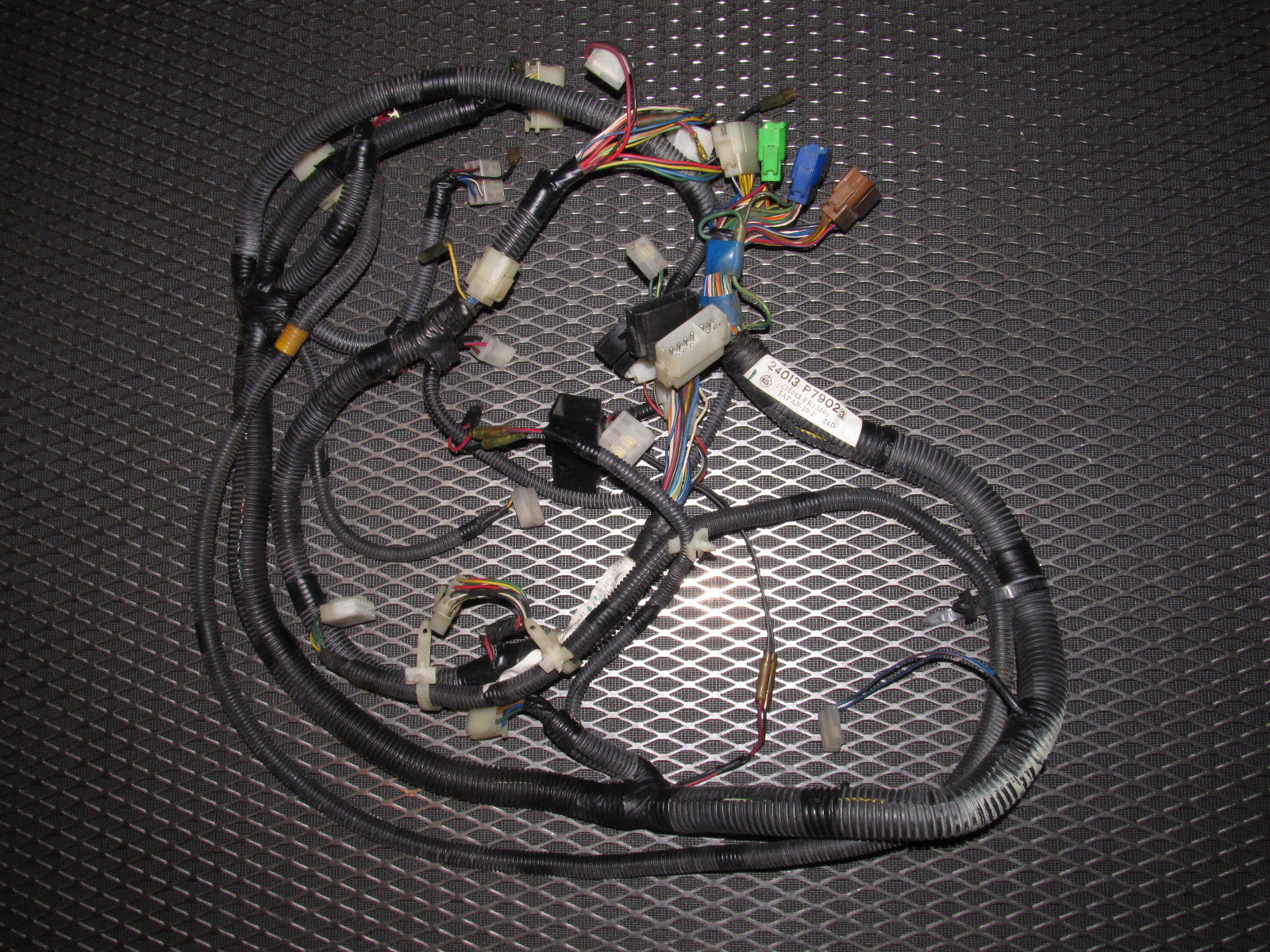 81 82 83 datsun 280zx oem l28e a/t engine wiring harness set