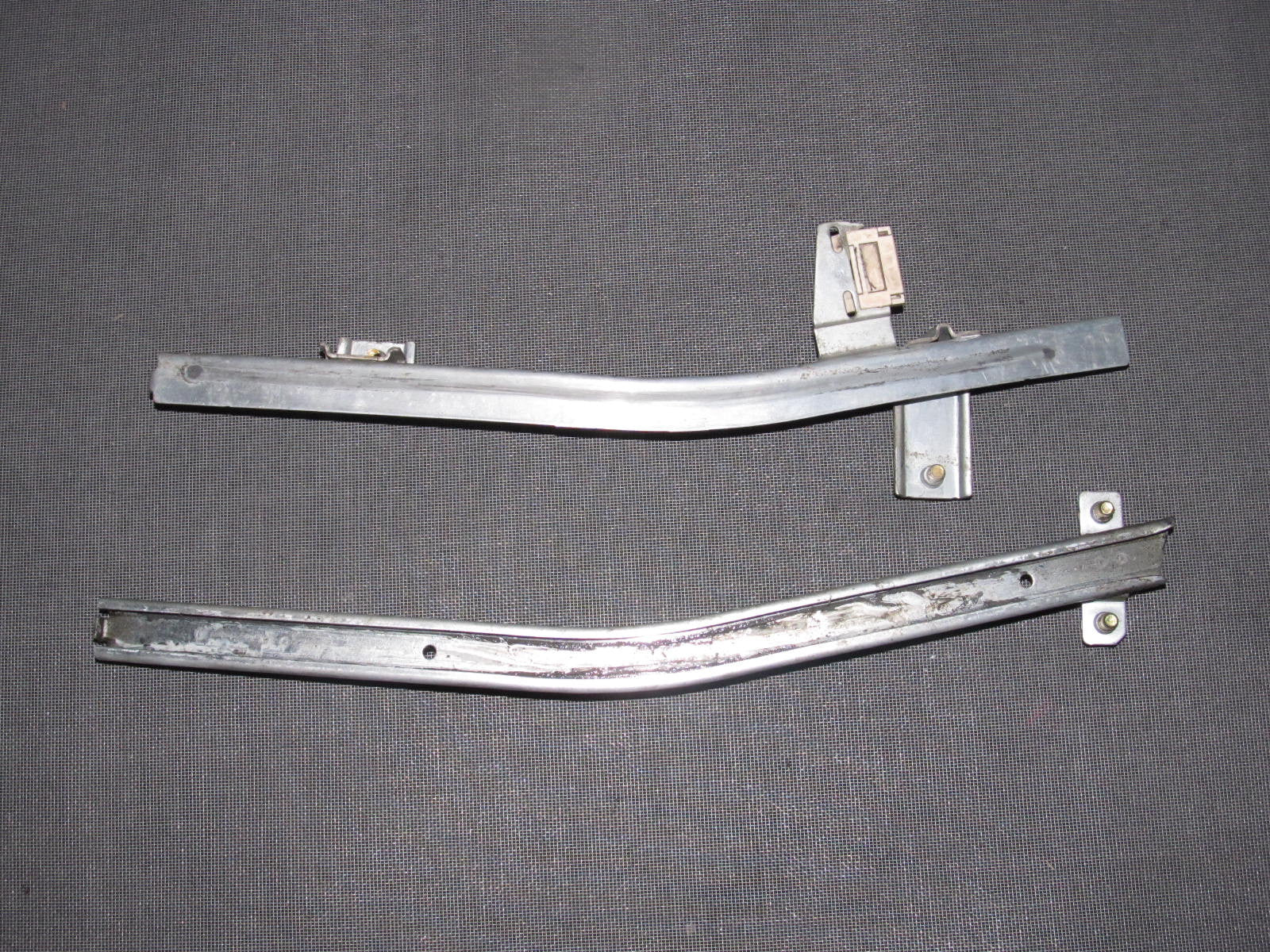95 96 97 98 99 Mitsubishi Eclipse OEM Window Guide - Right ...