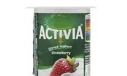 Activia Stirred Yoghurt Strawberry Light Flavor 120 Gram