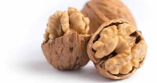 Peeled walnuts with a mild fracture 250g - MartDeliver