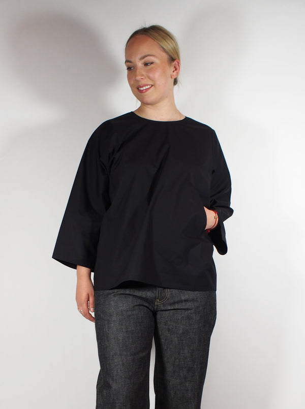 Dolman 3/4 Sleeve V Back Cotton Poplin Shirt