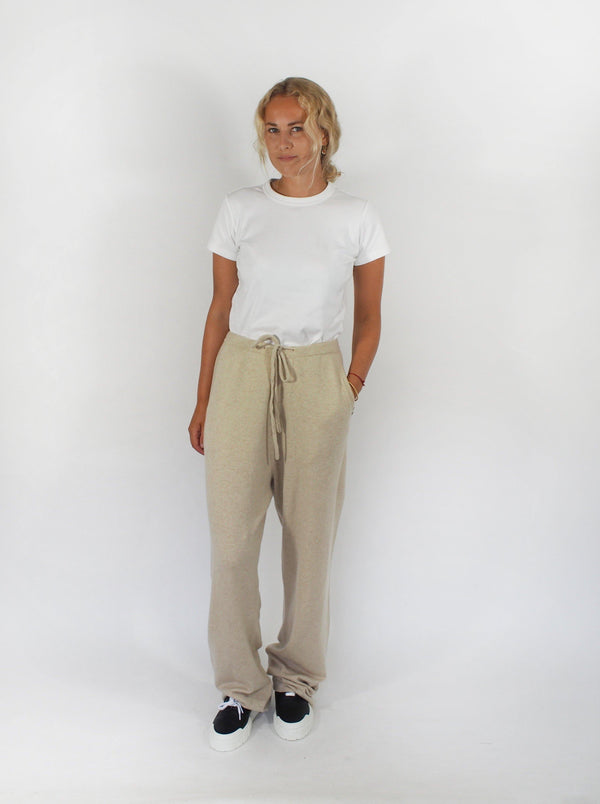 Run Drawstring Pant - Off-White