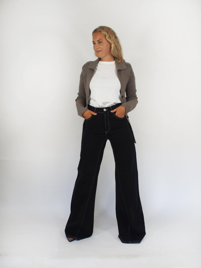 Wide Leg High Waisted Denim - Black