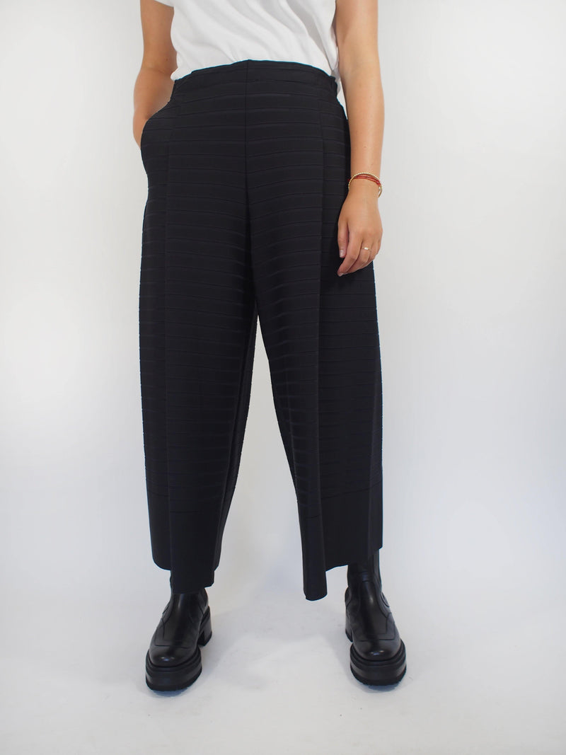 Stripe Knit Pants - Black