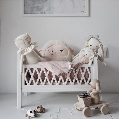 Harlequin Doll's Bed