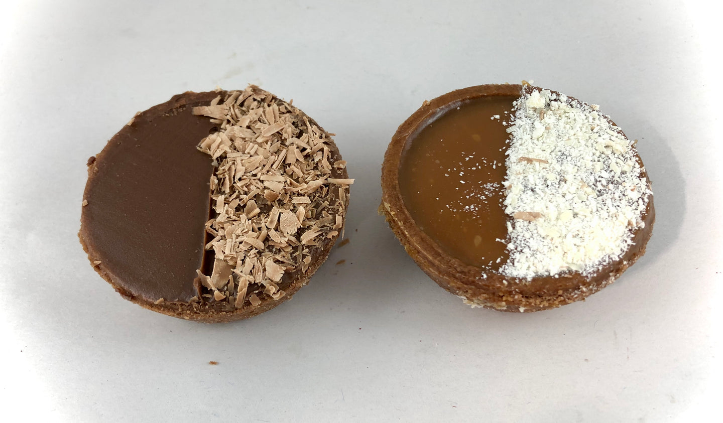 Caramel or Nutella tarts