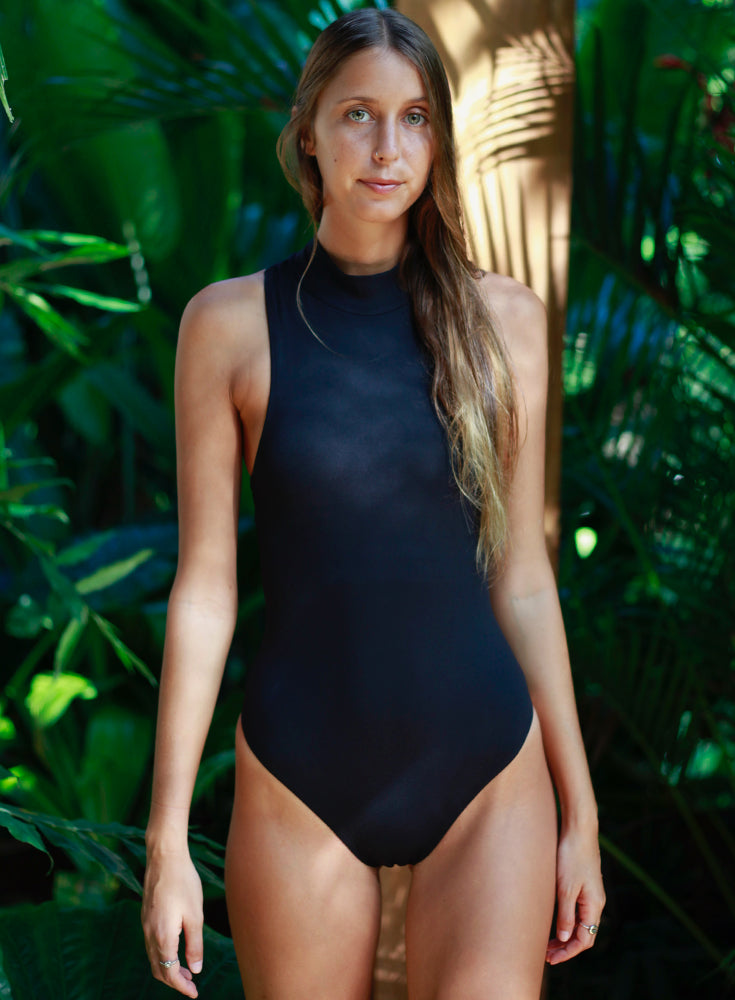 Hermosa One Piece Black