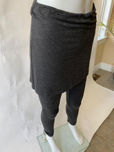 Load image into Gallery viewer, Leggings With Skirt - 275250