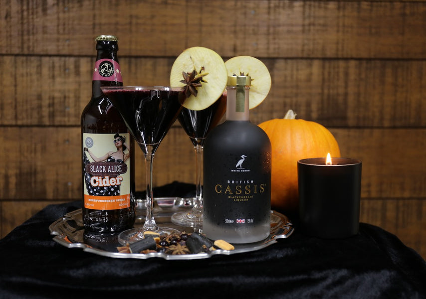 Halloween Cocktail: Black Witch