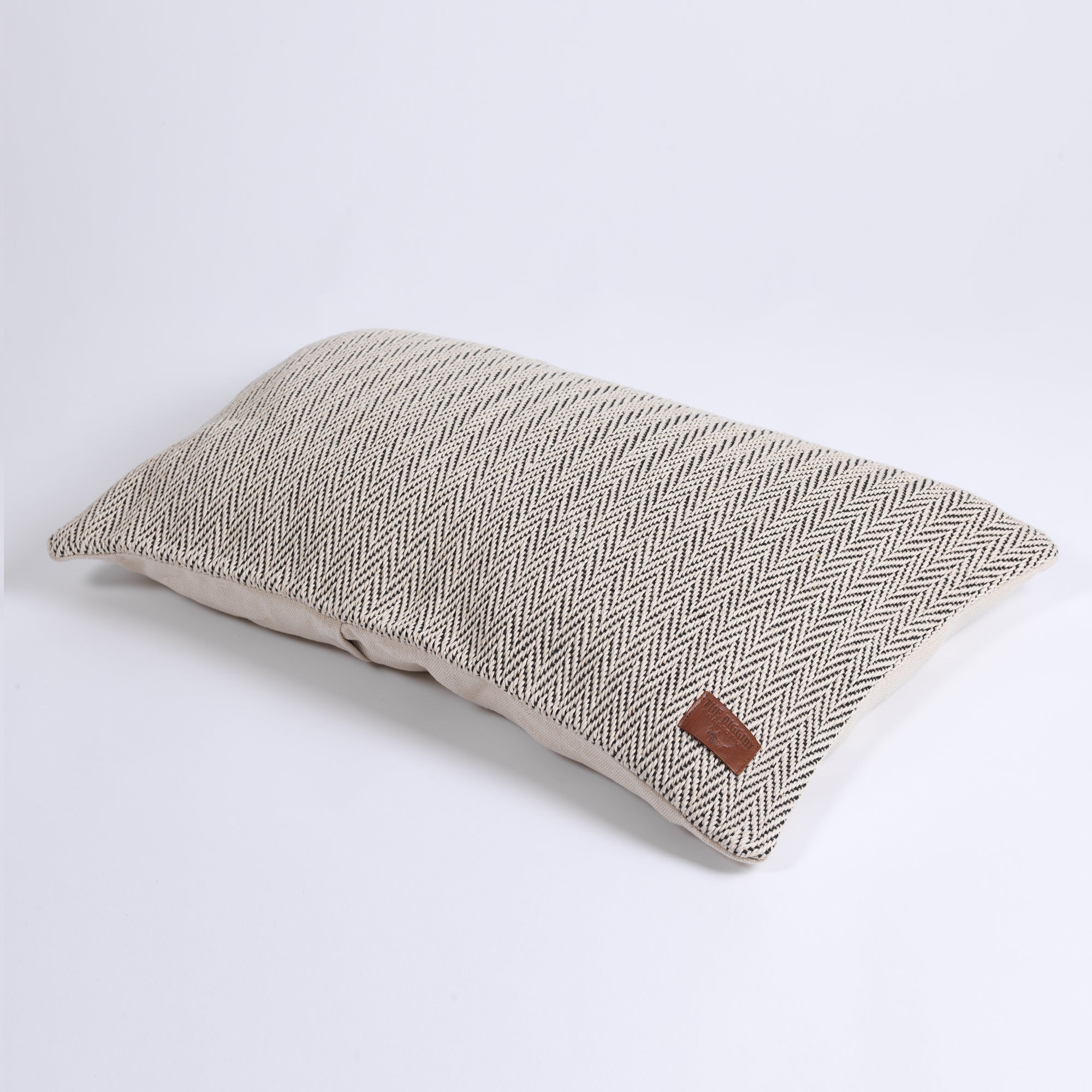 DC Herringbone Hemp Pillow Cover black