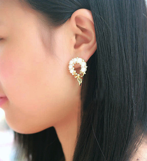 Pearly Ribbon Stylish Earrings