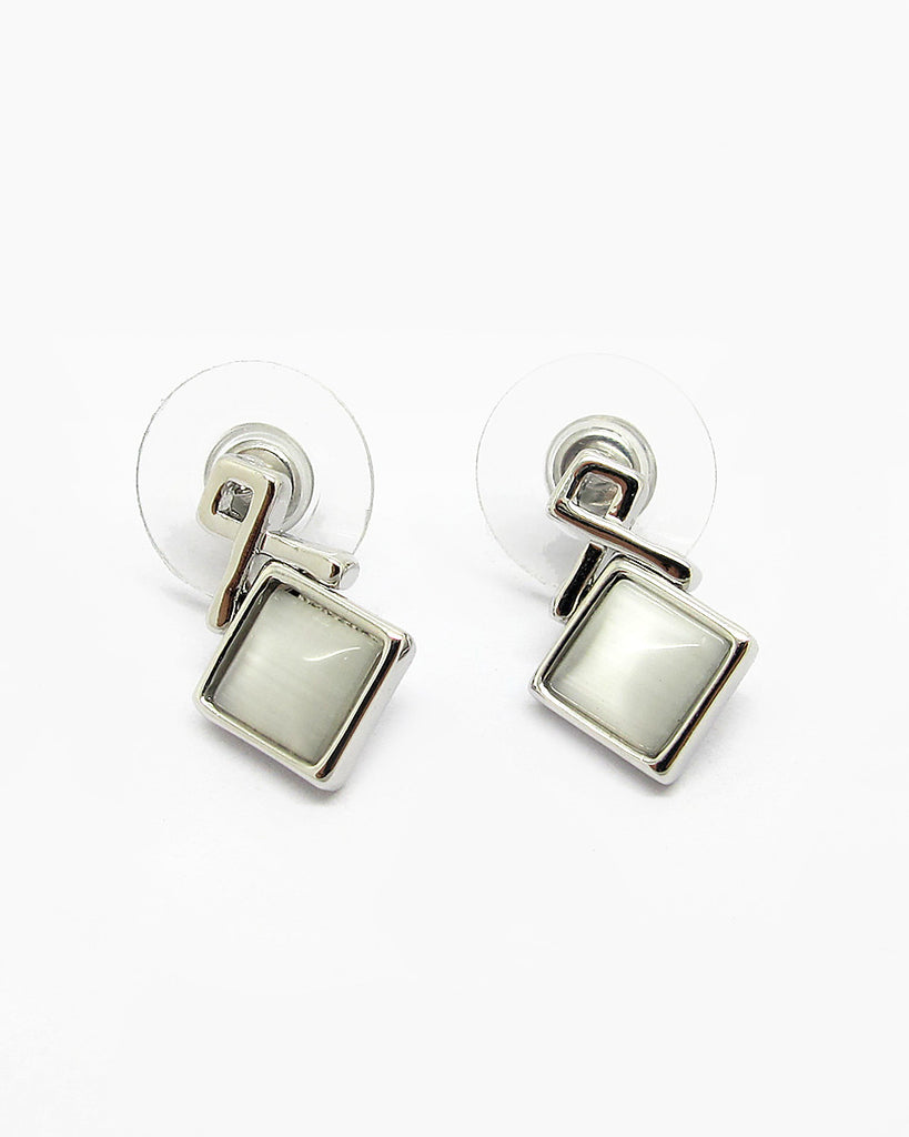 Anting Dazzling Chic Earrings -18K White Gold Plated